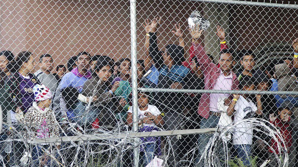 Die Todesursache von einem Migrantenkind in US-Grenzwächtergewahrsam ist geklärt worden. (Archivbild)