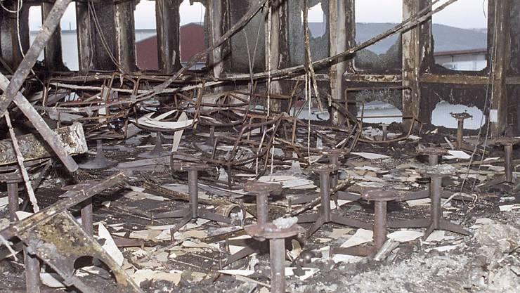 """Archivbild der ausgebrannten """"Scandinavian Star"""": Der Fall wurde neu aufgerollt, doch stiessen die Ermittler auf keine neuen Indizien, die auf die Brandursache hinwiesen."""
