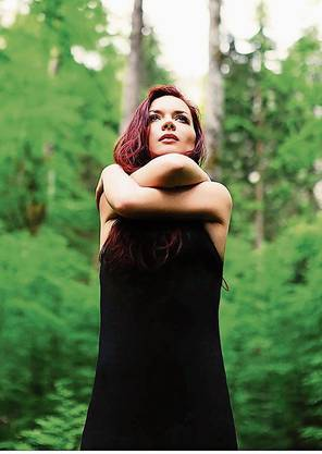 Elina Duni macht Folk-Jazz mit mediterraner Melancholie. Musik aus einem Guss.