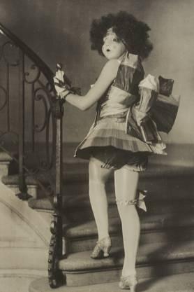 «Bändeli-Ditti»: Das prämierte Kostüm am Maskenball 1923.