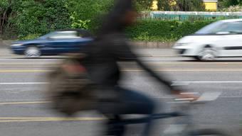 Die Polizei hat in Bern zahlreiche Velofahrer gebüsst (Symbolbild)