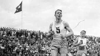 Der erste Gewinner der Schweizer Sportlerwahlen im Jahr 1950 hiess Armin Scheurer, ein Fussballer, Leichtathlet und Magglinger Sportlehrer aus Biel