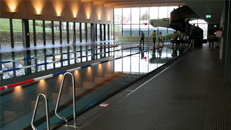 An das neue Hallenbad in Gelterkinden steuerte der Swisslos-Sportfonds fünf Millionen Franken bei.Daniel Aenishänslin