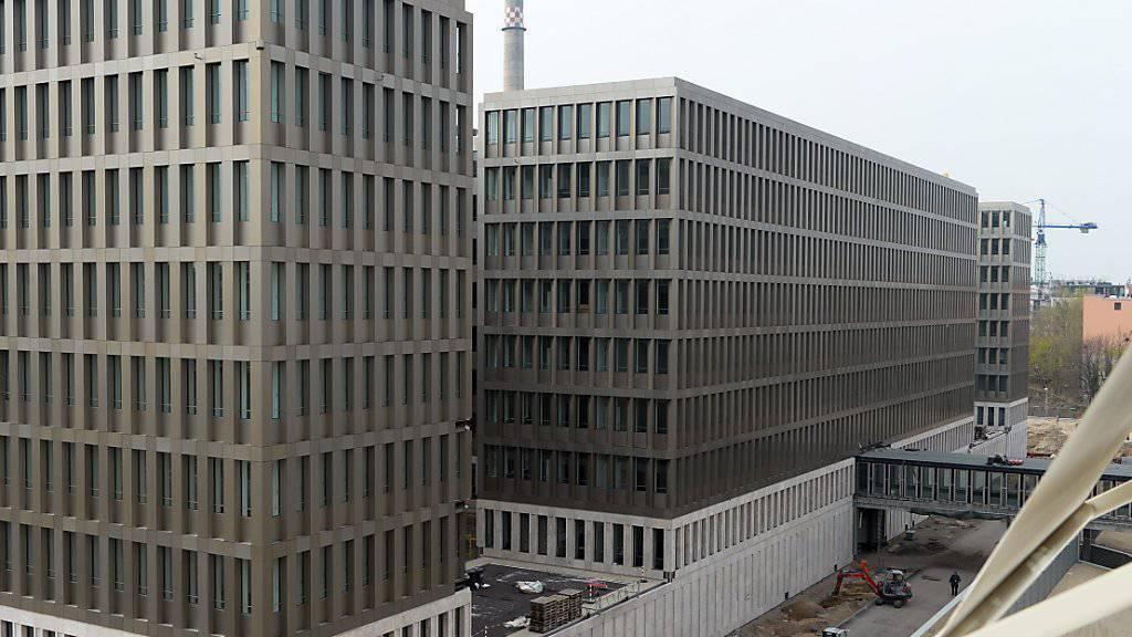 Deutschland rüstet spionagetechnisch auf - nicht nur in der Luft. Im Bild die neue BND-Zentrale in Berlin.