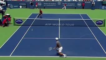 Roger Federer stellt Novak Djokovic and Boris Becker im Final von Cincinnati seinen neuen Schlag «SABR» vor