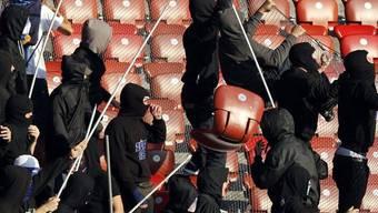 Der Nationalrat will keine Schnellgerichte für gewalttätige Sportfans (Symbolbild)