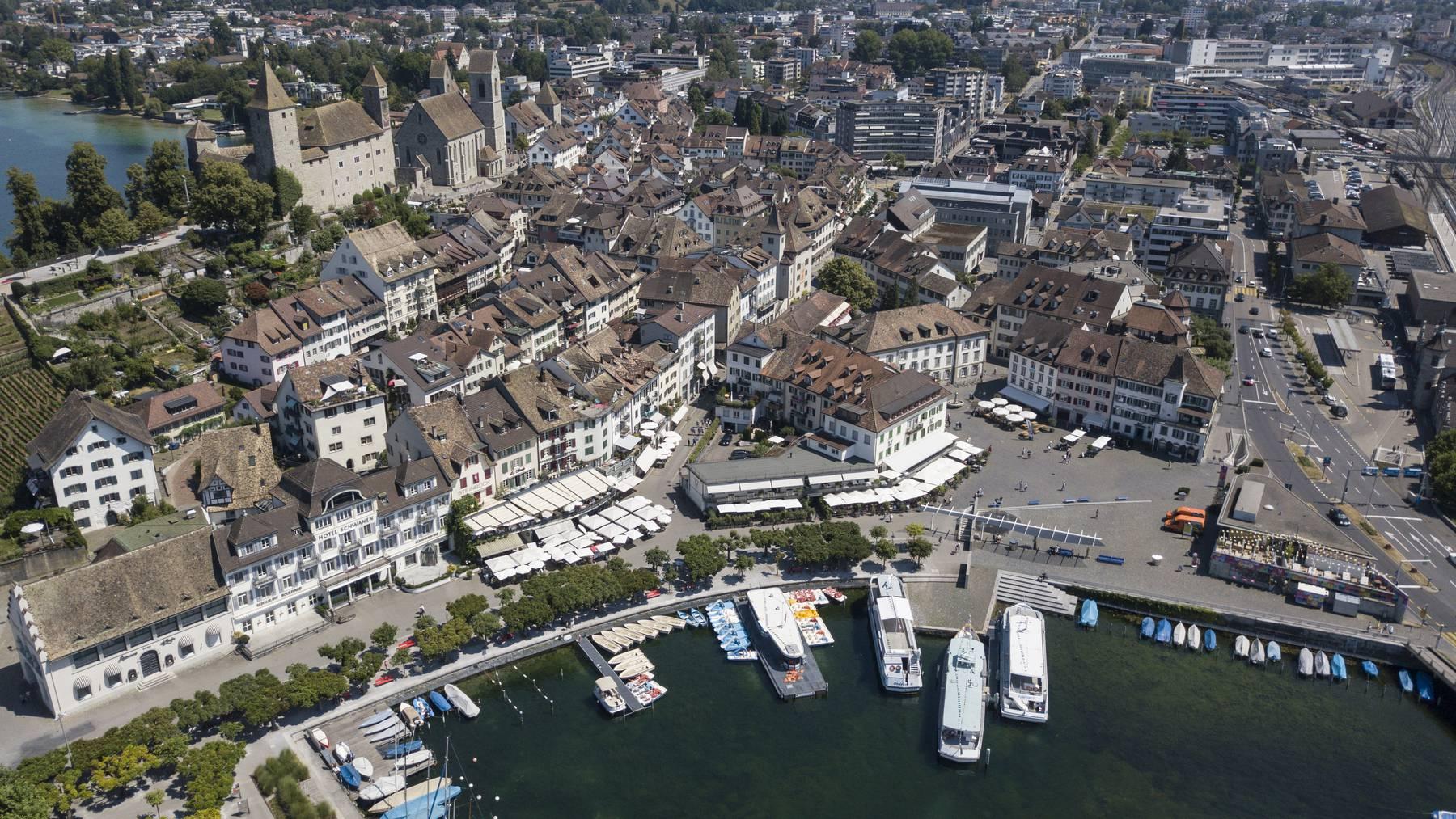 Rapperswil hat ein Littering-Problem: Sowohl Seeufer als auch Altstadt sind betroffen. (Archiv)
