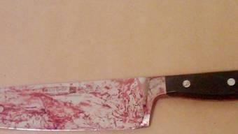Der Mann hatte das Messer in seinem Stiefel versteckt (Symbolbild)