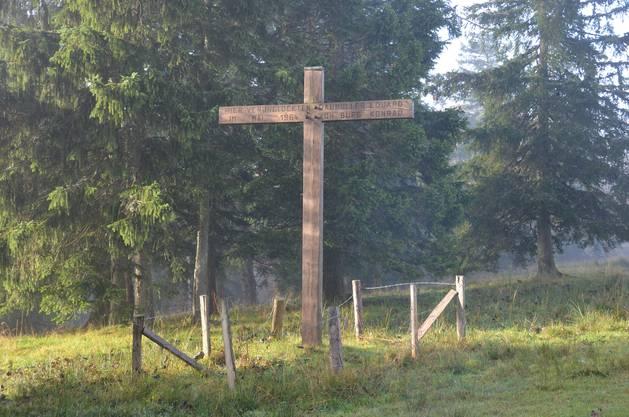 Gedenkkreuz für die Opfer des Unfalls, Eduard Daumüller und Konrad von Burg