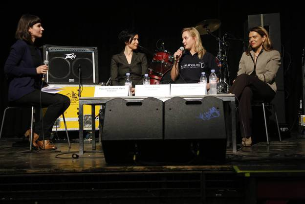 Karen Schärer von der az Aargauer Zeitung (links) führte durchs Gespräch