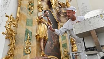 Derzeit läuft in der katholische Kirche St. Martin, Egerkingen- die Innenrenovation im Trockenverfahren