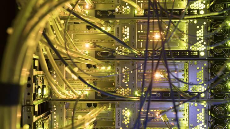 Cyber-Risiken sind schwer zu erfassen, aber deshalb nicht weniger gefährlich. Eine Bündelung der Kräfte soll Abhilfe schaffen. (Symbolbild)