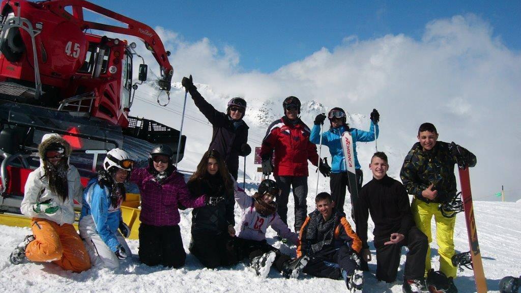 Mehr Kinder und Jugendliche sollen Ski fahren