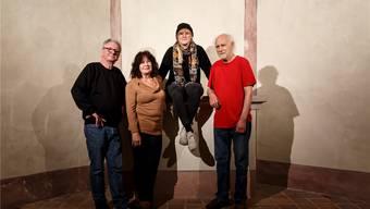 Künstlerisches Quartett im Schlössli. (V.l.) Beat Julius Müller, Monika Teal, Petra Bürgisser und Alfred Trinkler.