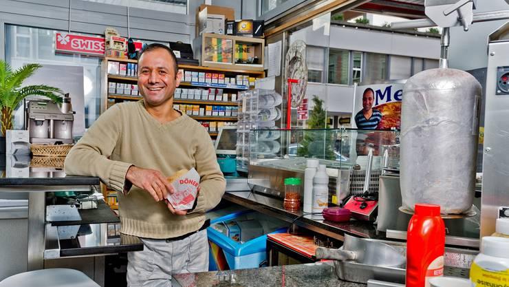 «Wer im Sport erfolgreich sein will, sollte auch ab und zu einen Kebab essen», sagt Mehdi, der ehemalige Karatechampion.Emanuel Freudiger