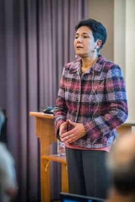 Saida Keller-Messahli bei einem Referat.