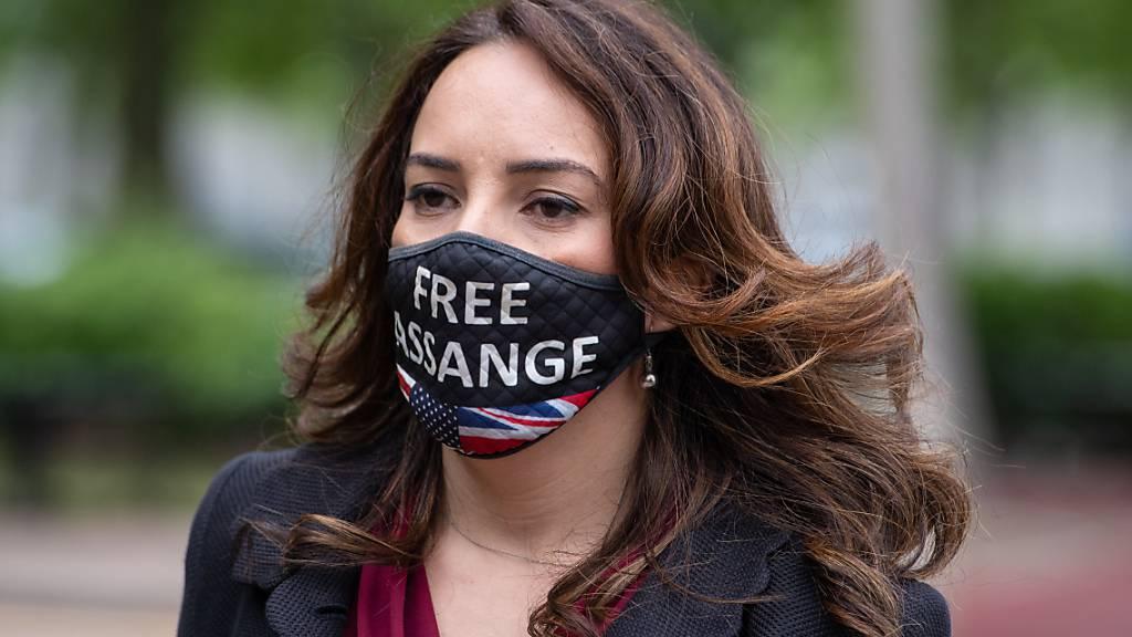Stella Moris vor dem Belmarsh-Gefängnis in London, wo sie ihren Partner Julian Assange besucht hat. Foto: Dominic Lipinski/PA Wire/dpa