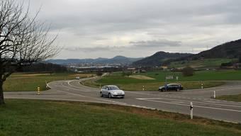 Der Kanton will die Infrastruktur der Kreuzung Juchgasse (rechts)/Landstrasse untersuchen.