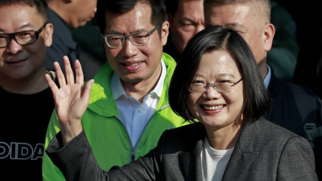 Taiwaner trotzen Peking: Präsidentin Tsai Ing-wen wiedergewählt
