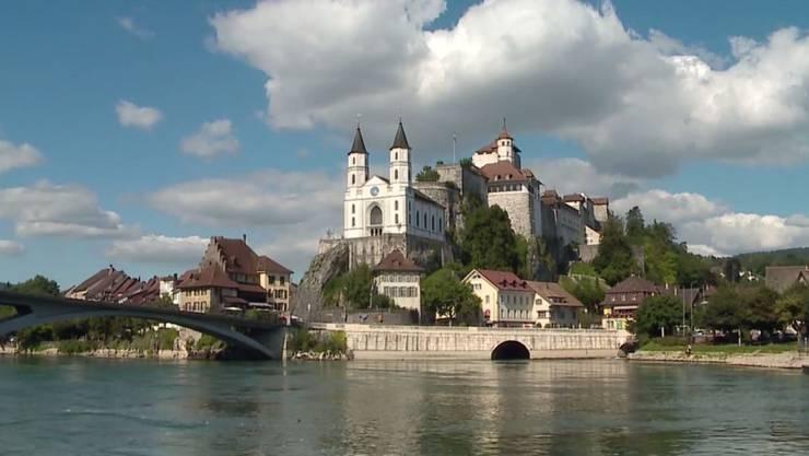 Die Gemeinde Aarburg mit der bekannten Festung.