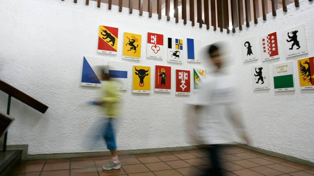 Finanzkontrolle fordert genauere Vorgaben für Schweizerschulen im Ausland