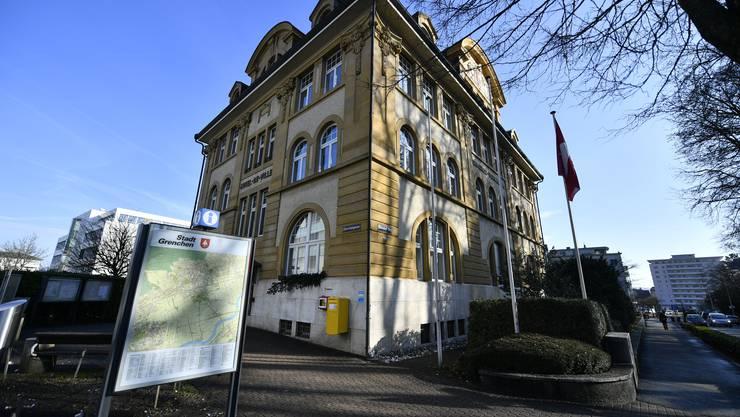 Hotel de Ville Grenchen Stadthaus Gemeindeverwaltung Oliver Menge