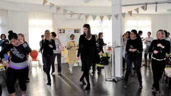 Mit Tanz, Theater und Grussworten feierten die rund 50 Frauen das 10-Jahr-Jubiläum des interkulturellen Frauentreffs.