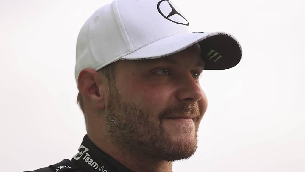 Pole-Position für Bottas nach Hamiltons Rückversetzung