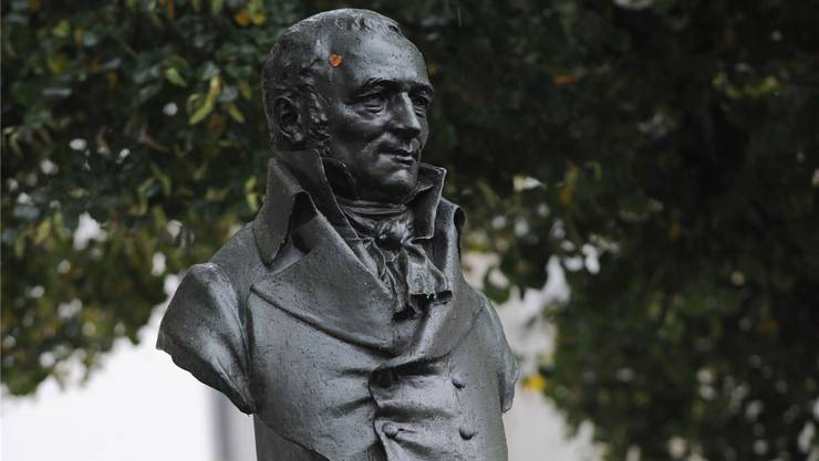 Johann Peter Hebel, der Säulenheilige der Dialektfans in Basel, Südbaden und im Elsass.