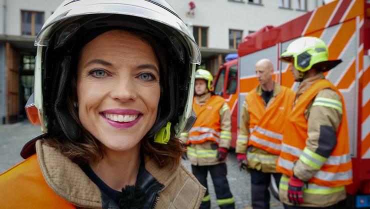Mona Vetsch begleitete bei den Aufnahmen zu ihrem Reality-TV-Format die Berufsfeuerwehr Basel, als ein Notruf aus einem Supermarkt eintraf.