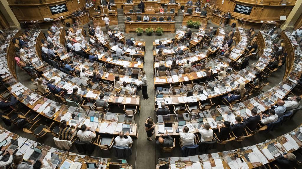 Nationalrat stellt sich bei Coronagesetz hinter Bundesrat