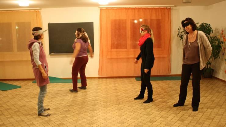 Die Teilnehmerinnen können beim Trancetanz in aller Ruhe und ohne Ablenkungen oder externe Einflüsse zu sich selbst finden.
