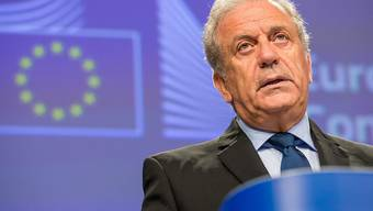 """Zwischenbilanz aus Brüssel: Der Flüchtlingspakt mit der Türkei habe """"zu konkreten positiven Ergebnisse geführt"""", sagte EU-Migrationskommissar Dimitris Avramopoulos am Mittwoch."""