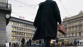 Der Bundesrat will die Regeln zum automatischen Informationsaustausch (AIA) anpassen. Damit will er verhindern, dass die Schweiz auf einer schwarzen Liste landet. (Symbolbild)
