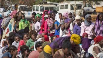 Zehntausende Menschen sind auf der Flucht