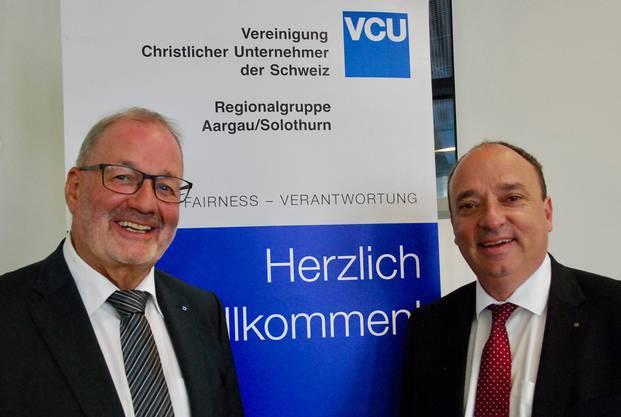 «Wer nicht handelt, der wird behandelt», Regierungsrat Dr. Markus Dieth (rechts) plädierte vor der VCU in Brugg für ein politisches Engagement der Bürgerinnen und Bürger. Links VCU-Präsident Max Zeier.
