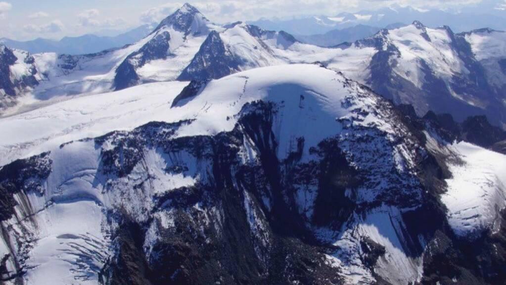 Luftaufnahme der Weissseespitze (im Vordergrund): Vor 6000 Jahren war der Gipfel einer neuen Studie zufolge eisfrei.