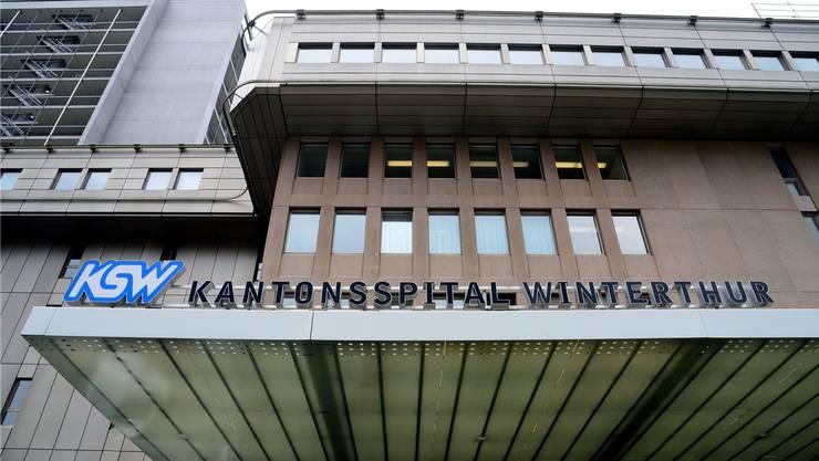Das Kantonsspital Winterthur soll in eine AG umgewandelt werden, doch mitten im Abstimmungskampf gehen die Wogen hoch.