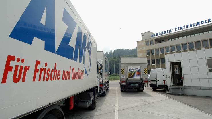 Da war die Mittelland-Molkerei (Emmi) noch die AZM: Produktionsbetrieb in Suhr. (2004)
