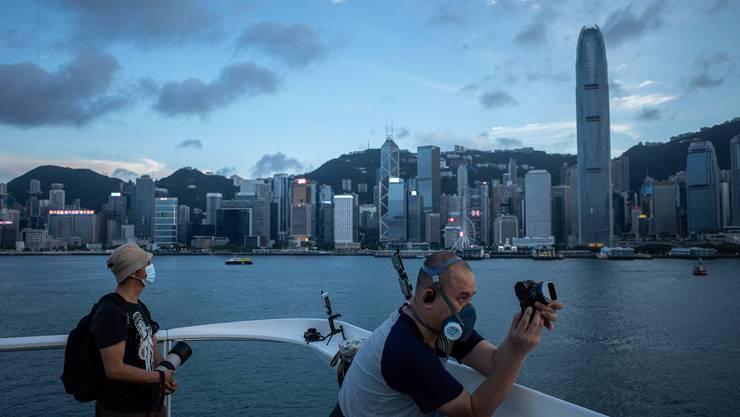 In Hong Kong wurde bei einem jungen Reiserückkehrer aus Spanien eine zweite Covid-19-Infektion entdeckt.