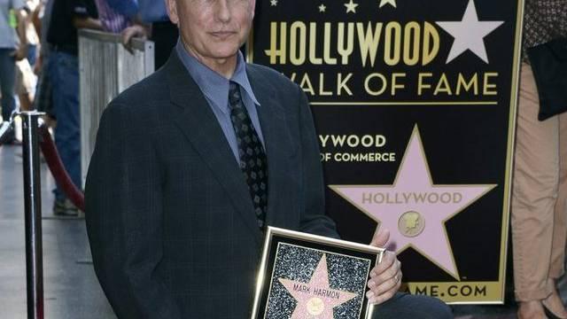 Mark Harmon präsentiert seinen Stern auf dem Walk of Fame