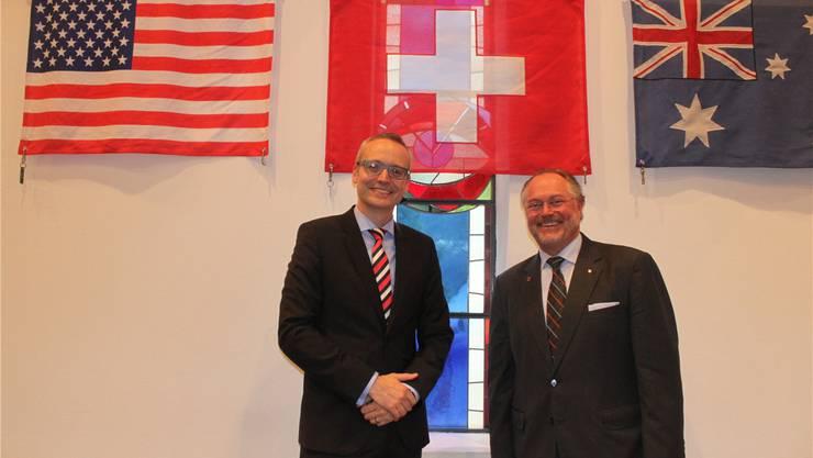 Markus A. Ziegler, Director Corporate Affairs bei Biogen International (links), und Uwe E. Jocham, Direktionspräsident von CSL Behring AG, erläuterten, warum ein US- und ein australischer Pharmakonzern auf die Schweiz setzen.