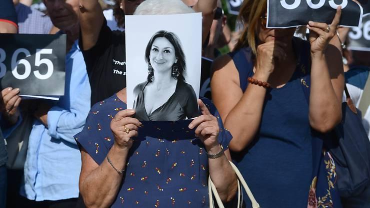Journalistinnen und Journalisten werden immer häufiger bei ihrer Arbeit getötet: Die maltesische Journalistin Daphne Caruana Galizia starb im vergangenen Jahr bei einem Anschlag. (Archiv)