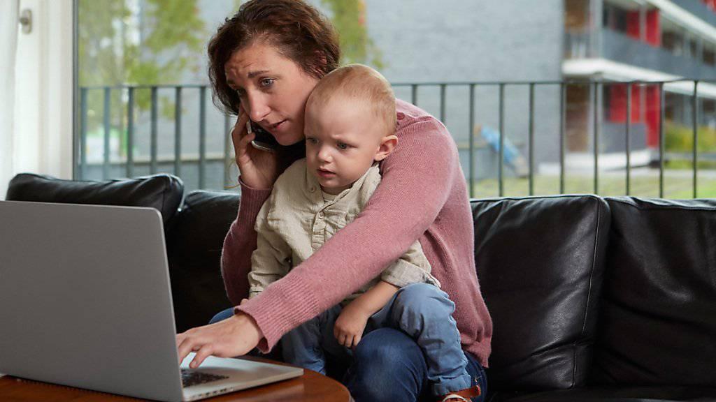 Karriere macht Frau am einfachsten ohne Kinder. (Symbolbild)