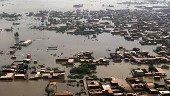 Überschwemmung im pakistanischen Jaffarabad (Archiv)