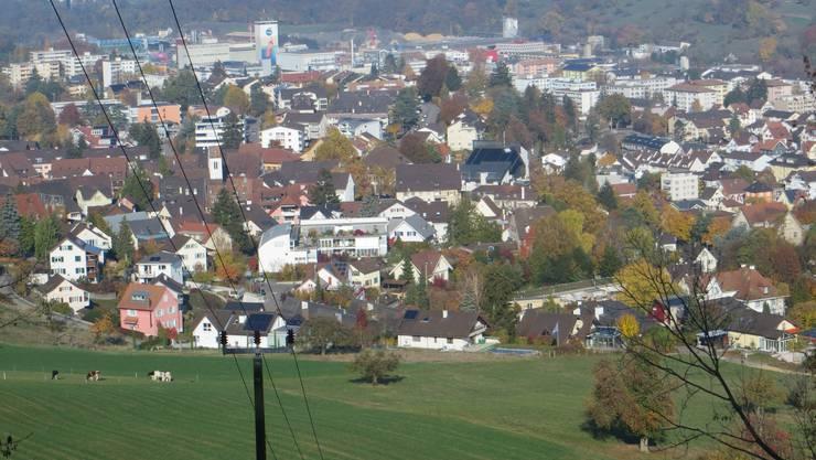 Frenkendorf mit Blick in den Schwarzwald