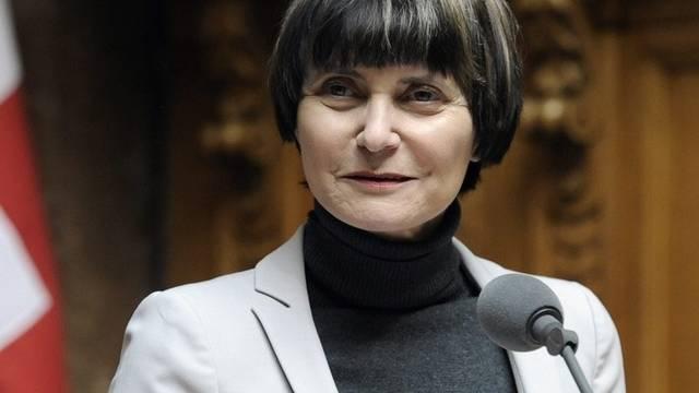 Micheline Calmy-Rey will zivilen Opfern helfen (Archiv)