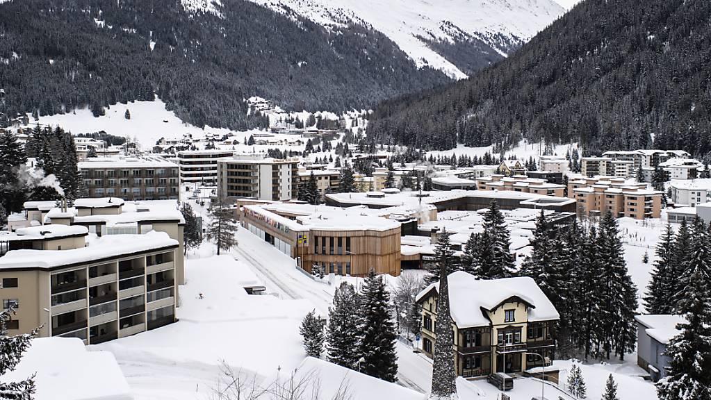 In Davos geraten immer mehr Saisonangestellte im Stundenlohn wegen des Lockdowns in finanzielle Schwierigkeiten. (Archivbild)