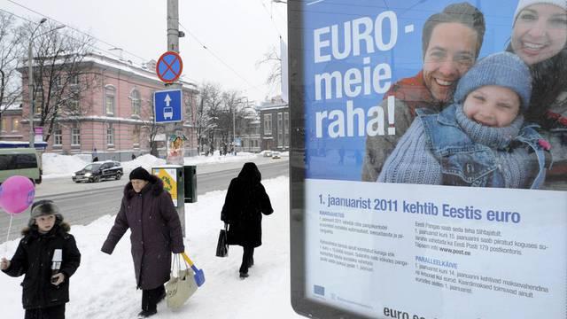 Plakat in Tallinn kündigt Wechsel zum Euro an