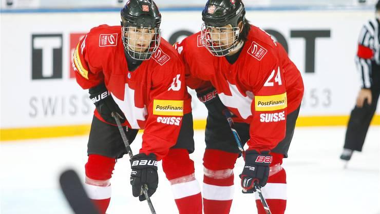 Auf die beiden ZSC-Spieler Jonas Siegenthaler (r.) und Denis Malgin sind besonders viele Augen gerichtet.